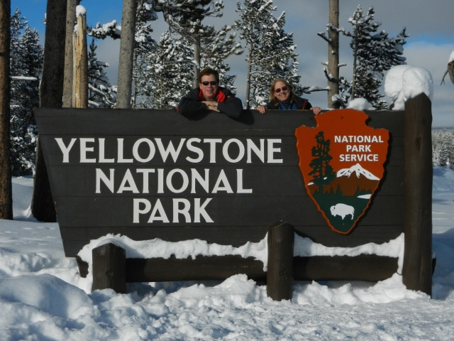 yellowstone sign mom dad 2012DSCN1367